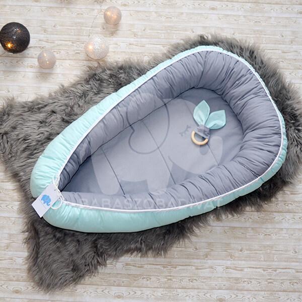 Menta-szürke babafészek újszülött méret